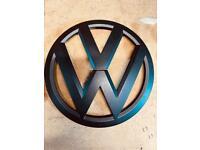 VW T6 black badges Matt / gloss