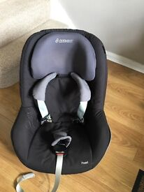 Maxi cosi pearl car seat with family fix base