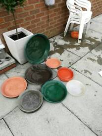Plant pot saucers