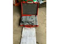Diesel& petrol engine setting/locking tool kit VS121