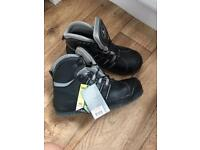 Delta plus/panoply waterproof leather boots toe cap size 7
