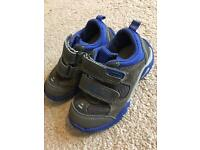 Toddler 6F super fit trainers £4