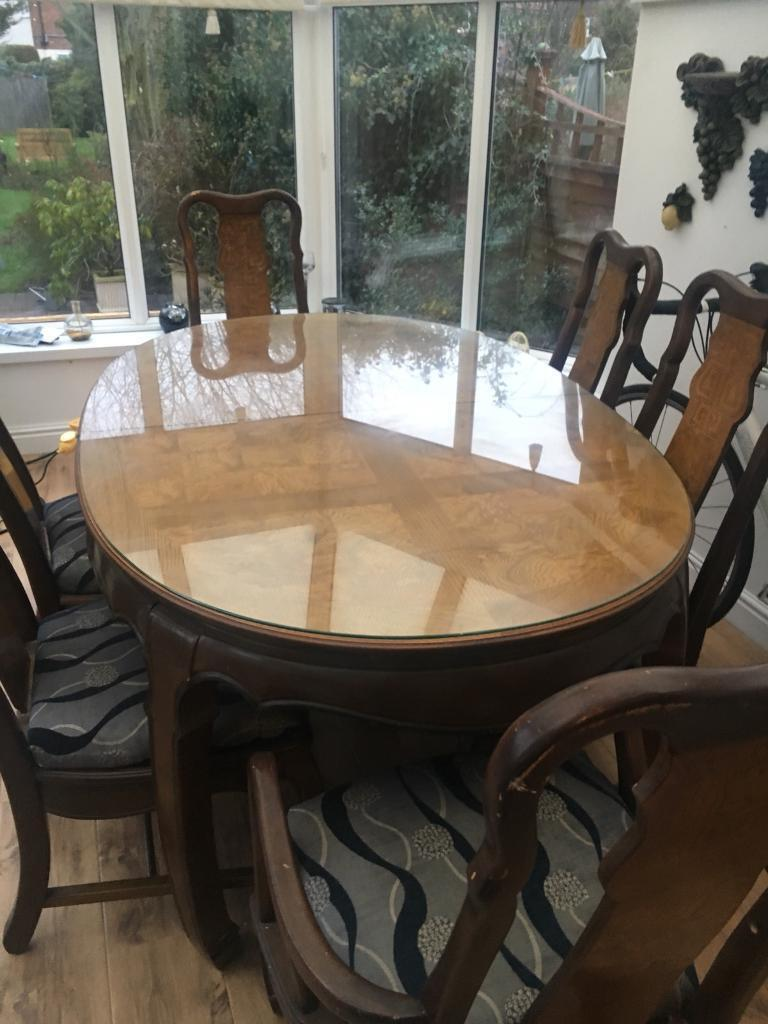 Imperial Dynasty Dining Table With Six Chairs
