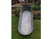 Large galvanised/tin bath sound condition