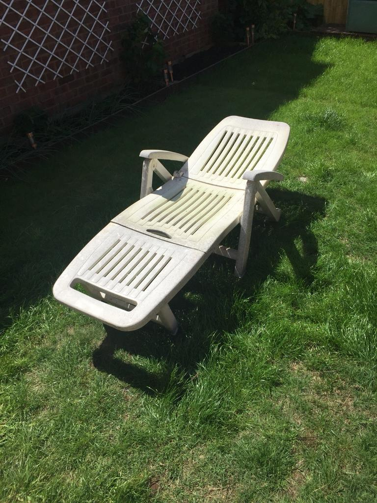 white plastic garden furniture