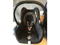 Maxi cosi cabrio car seat & isofix base