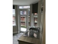 Luxury bedsit with own shower room to rent in Park St LU1 3HQ
