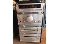 Technics Compact HIFi system with speakers