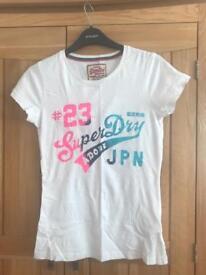2x women's Superdry t-shirt, size XS