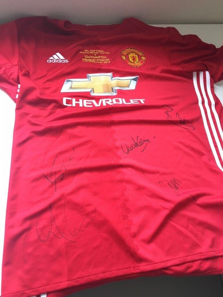 2611ac349ef Signed shirts of Manchester United