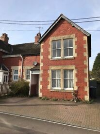 3 Bed House with garden, conservatory and off street parking