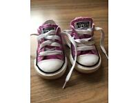 Toddlers converse all star shoes uk 4