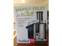 Whole Fruit Juicer - VonShef (Powerful 990w Motor)