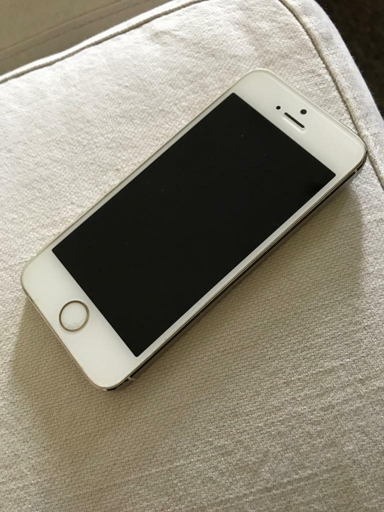 IPhone 5s gold 16gbin Godalming, SurreyGumtree - IPhone 5s gold 16gb unlockedWorks perfectly fine, Touch ID not working as there is a small crack on the button, this does not effect it working in any other way thoughCollection Godalming Some scuffs on the corners