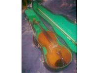Childrens Violin. 8/12yrs'ish