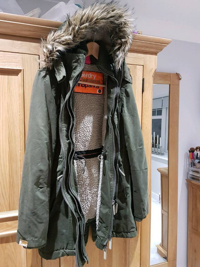 Excellent Condition ladies Superdry WindParka coat. Ladies size Small 8 10 12