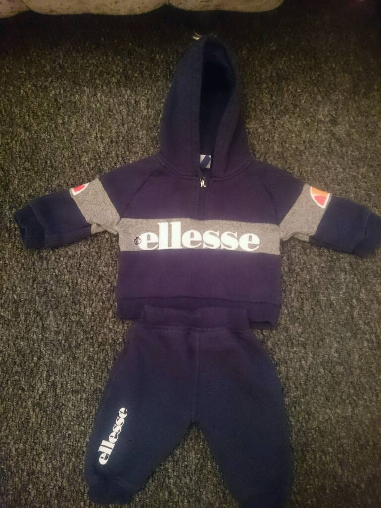 537c00e2d650 Boys clothes 3-6 month