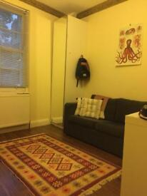 One bed flat to rent with council tax included