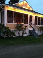 Charming cottage waterfront and location ideal for kayaking
