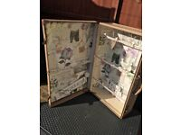 Vintage suitcases-ideal for weddings