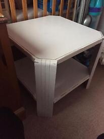 Wood side/coffee table