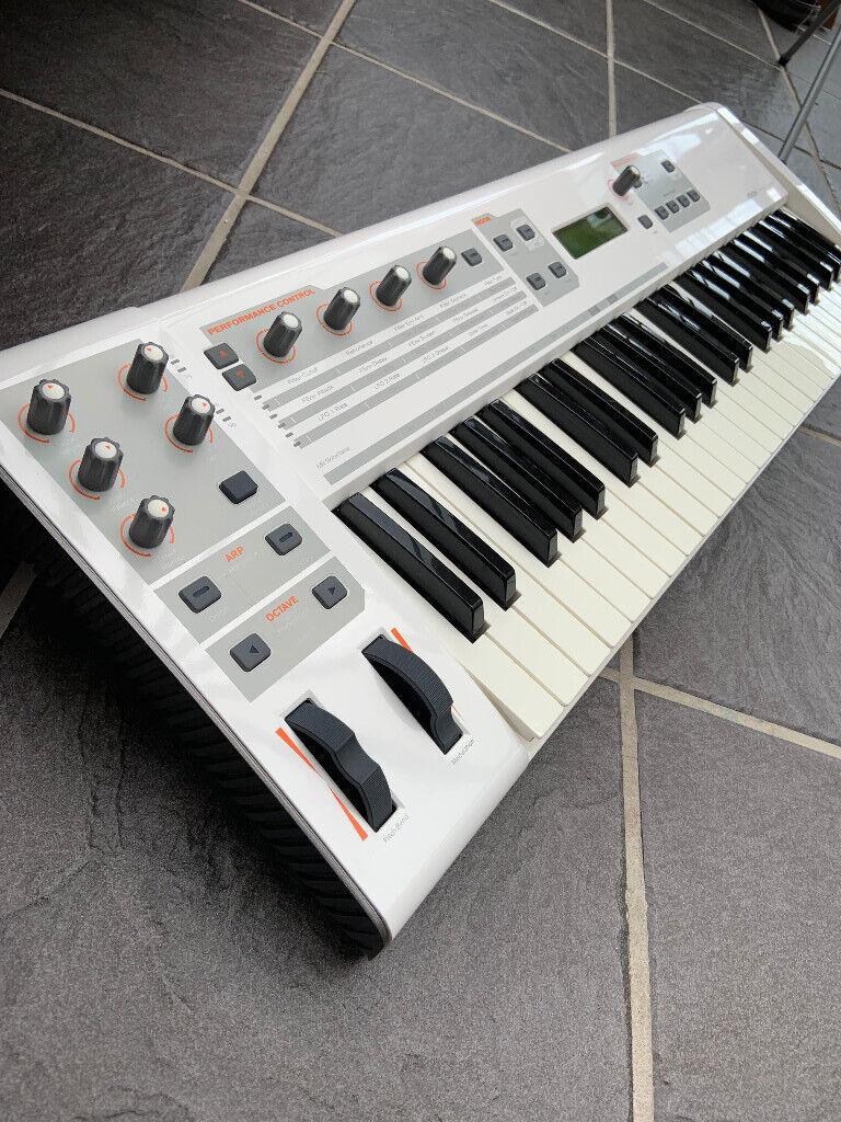 M-Audio Venom Synthesizer   in Fearnhead, Cheshire   Gumtree