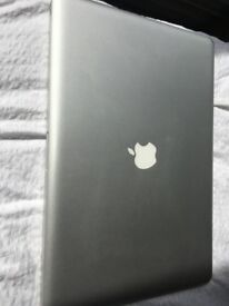 Macbook Pro 17 (mid 2010) Excellent condition