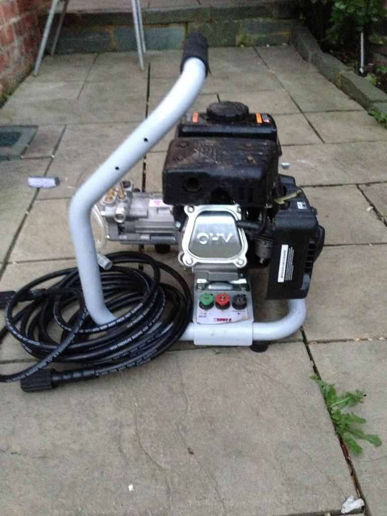 HMC pressure washer