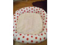 Small fur and red spotty dog /Cat pet bed soft cozy.