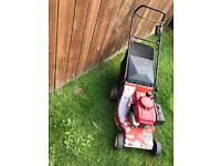 Honda self drive petrol lawnmower