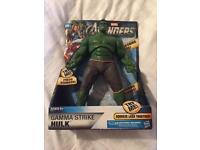 Hulk figure with sounds *new in box*