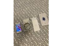 APPLE iPHONE SE 64GB SILVER UNLOCKED BOXED CHARGER AND CABLE