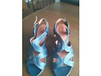 LADIES FRENCH NAVY SANDALS