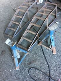 Set Of Car Ramps & Set Of Axle Stands