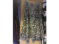 Size 20 Lindy Bop skirt never worn