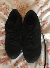 Dance shoes, split sole, size 5