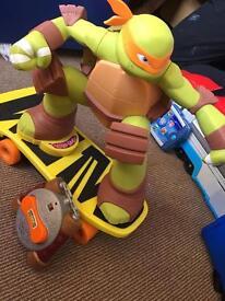 Skateboarding Mickey ninja turtle remote control toy