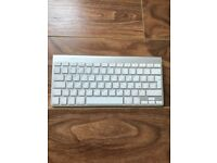 Apple wireless English/Russian keyboard