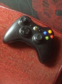 Black wireless Xbox 360 controller £5