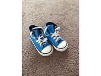 Boys toddler converse size 7 trainers