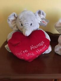 HELLO TO ALL THOSE ROMANTICALLY MINDED. TWO CUDDLY TOYS FOR SALE £10 FOR BOTH COST£20 EACH