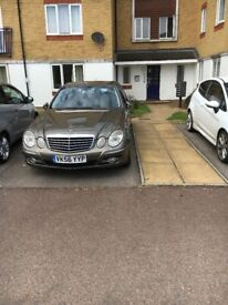 Selling Mercedes E class 280 CDI in good condition