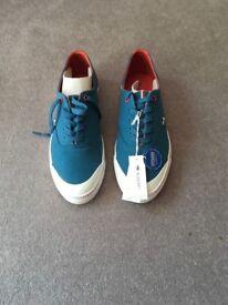 Lacoste Manville Tennis Shoes - UK 8 - Eur 42