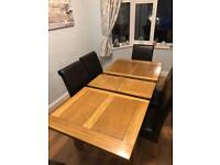 Solid Oak Dining Table (extendable)