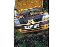 1.2 Clio 2001 breaking