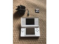 Nintendo DS lite (white) with Pokemon Pearl