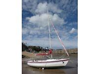 Hawk 20 Sailing Yacht