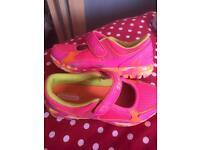 Skechers go walk size 13.5