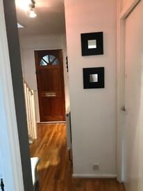 DBL Room to rent 3 min Walking from Shadwell DLR or Overground Station