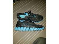 Trainers size 11